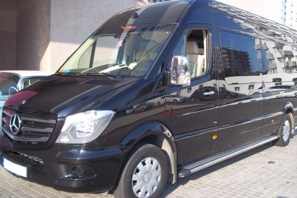 VIP-minubus-transfer-hizmetleriKTH